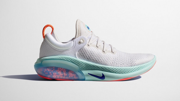 Nike Joyride Run Flyknit trainers want